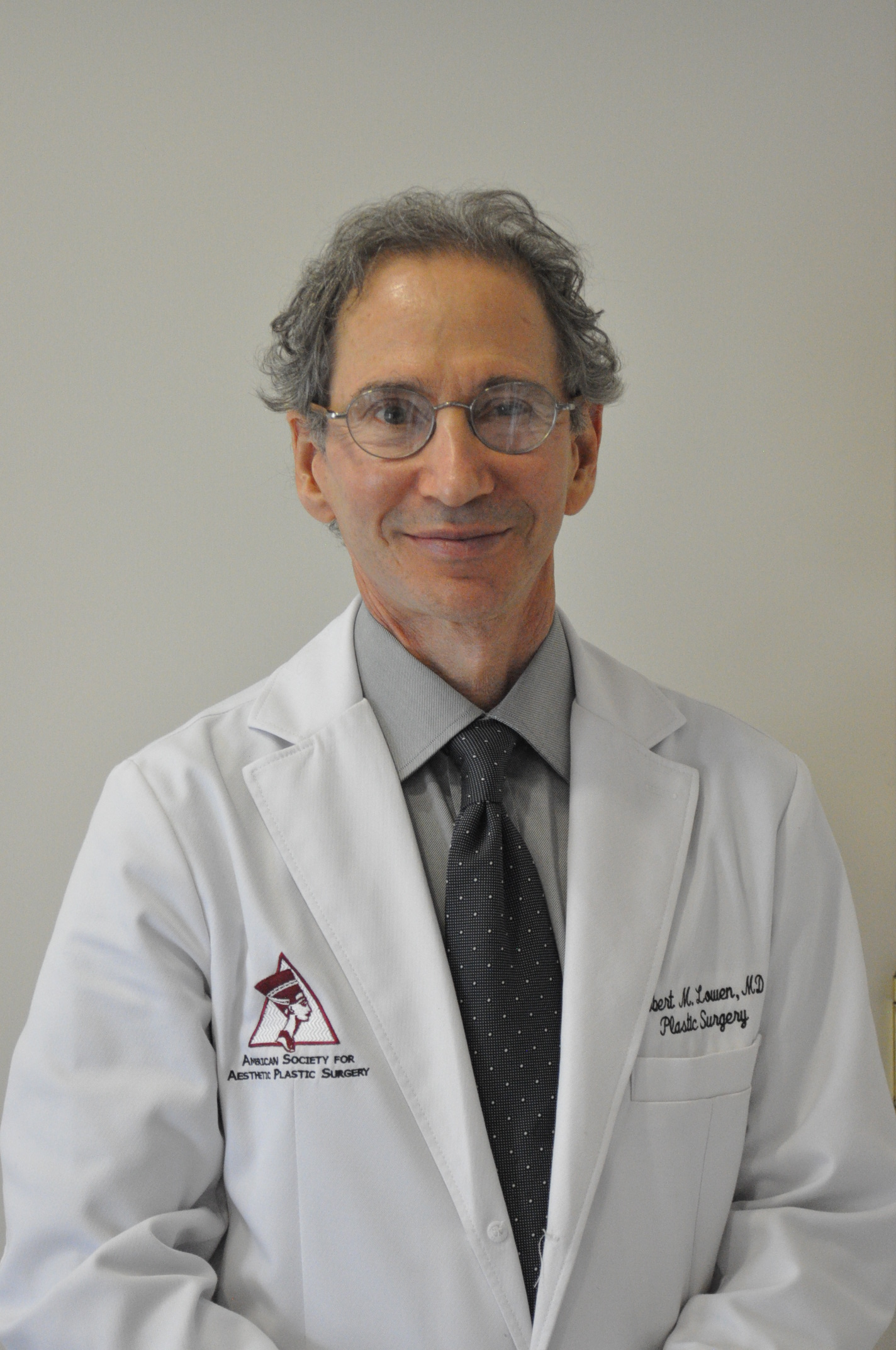 Robert Lowen, MD