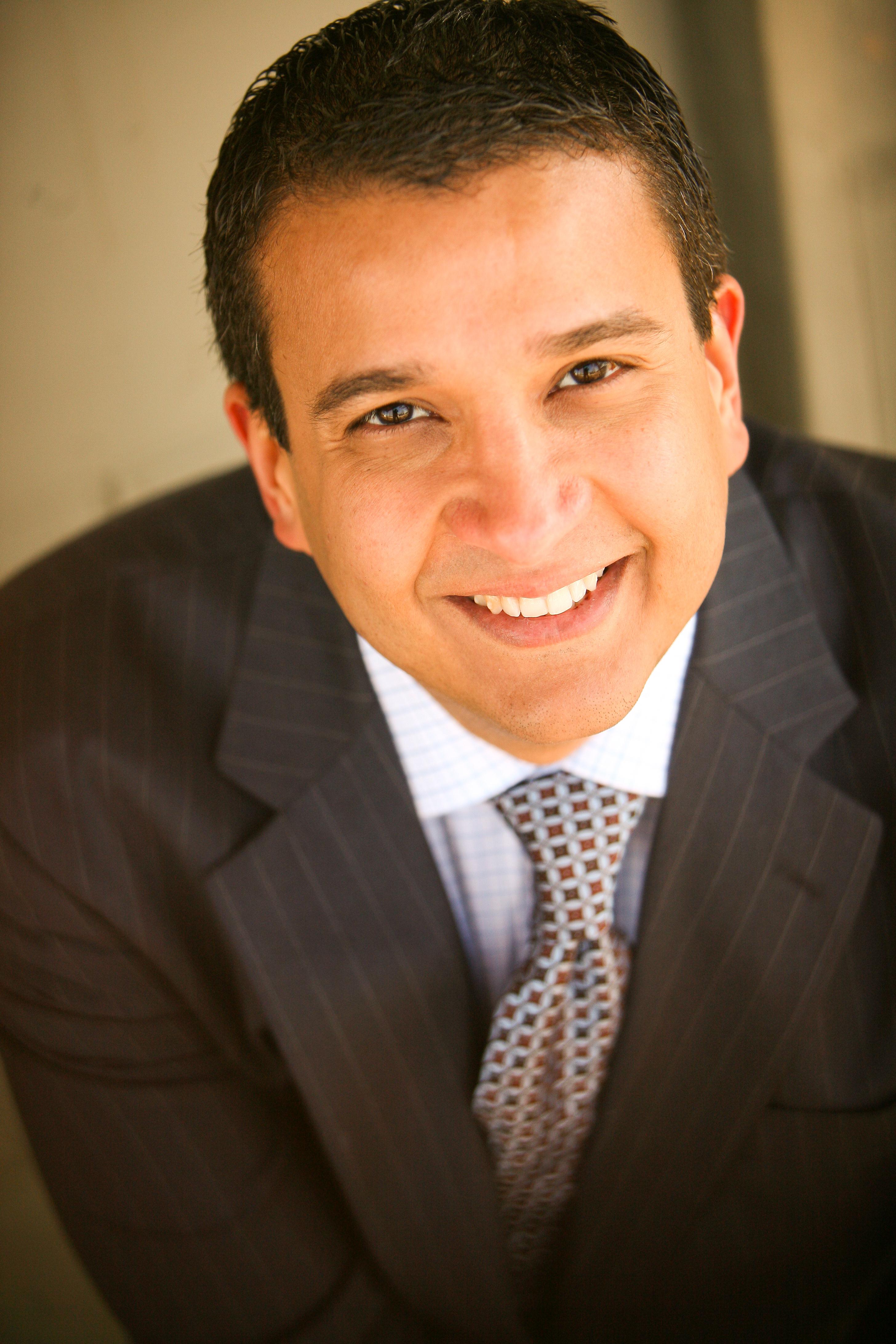 Robert Centeno, MD